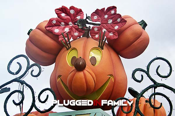 Minnie Pumpkin greets visitors to Disneyland at Halloween