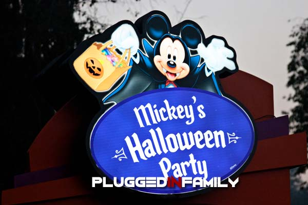 Vampire Mickey sign over treat station for Mickey's Halloween Party