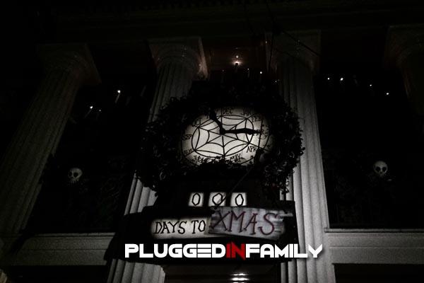 Haunted Mansion Christmas Clock