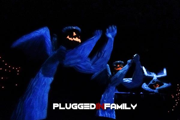 Pumpkin angels on Haunted Mansion Holiday ride at Disneyland