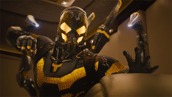 Yellowjacket attacks Ant-Man