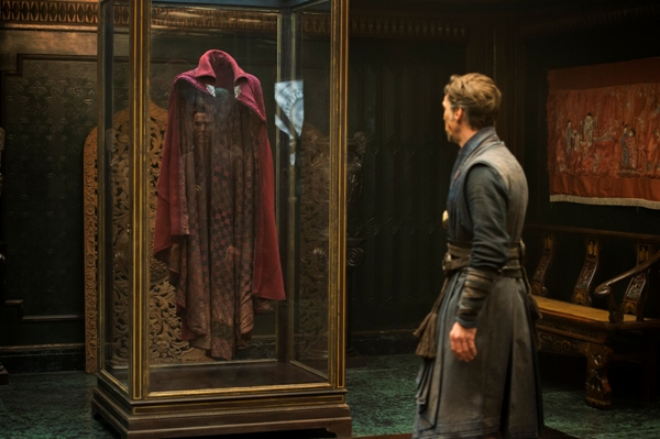 The Cloak of Levitation with Doctor Strange