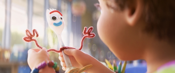 Bonnie makes Forky in Toy Story 4