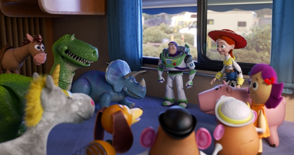 Buzz Jessie and the gang in Toy Story 4