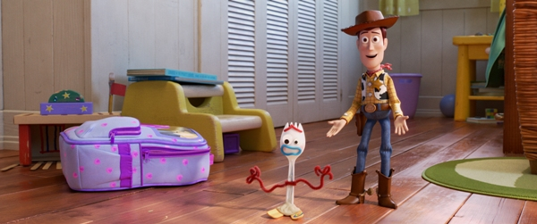 Woody introduces Forky to the gang Toy Story 4